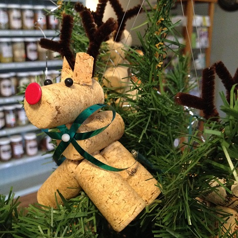 decorative-cork-deer